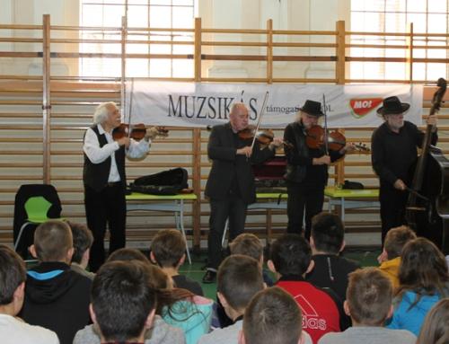 Iskolánkban járt a Muzsikás együttes