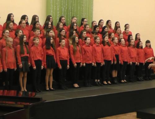 Iskolánk énekkara a karácsonyi hangversenyen